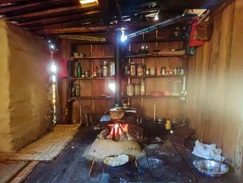 Typical Nepali kitchen - Moreni (guerilla trek) - Myagdi District