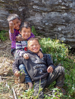 happy smiles - between Dharapani and Lumsung -  Myagdi District