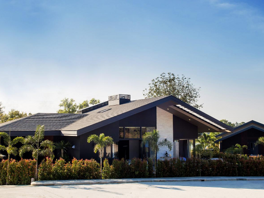 2_Hummingbird Luxury pool villa.png