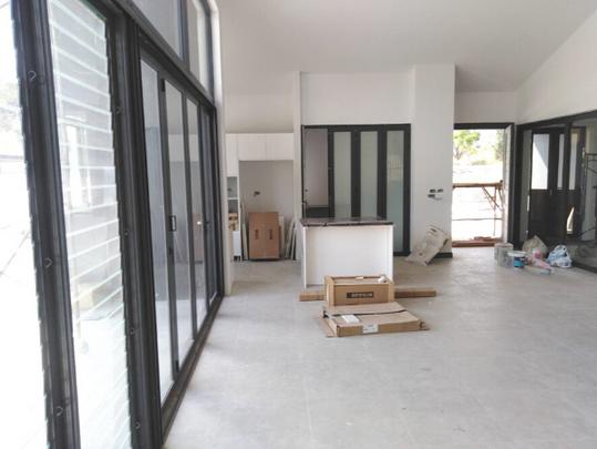 4_Floor Tile (2).png
