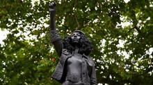 O que fazer com a estátua de um racista?