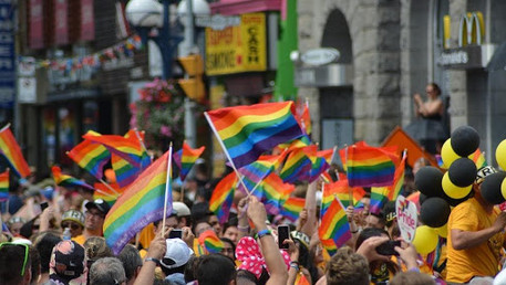 A Ameaça à Comunidade LGBT+ na Polónia: uma guerra de direitos