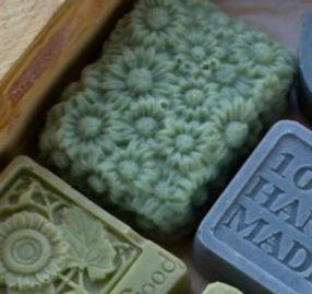 beautiful molded soap4.jpg