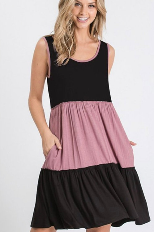 3 TIERED BLACK & MAUVE DRESS WITH POCKETS SMALL TO 3X AVAILABLE #834