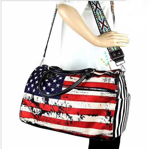 AMERICAN FLAG OVERNIGHT CAVAS BAG BY MONTANA WEST