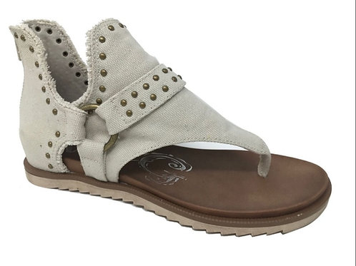 TAN STUDDED VERY G SANDAL WITH ZIPPER #639