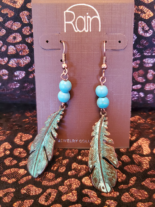 RAIN JEWELRY TURQUOISE BEADED FEATHER EARRINGS #347