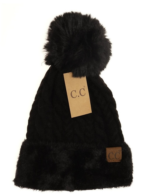 CABLE KNIT FAUX FUR POM CC BEANIE IN BLACK #298