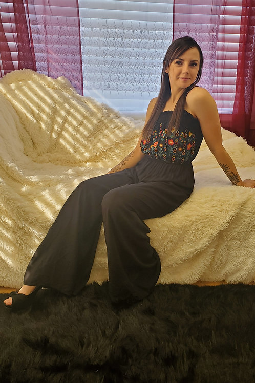 BLACK JUMPER WITH EMBROIDERED BODICE (LINED) #520