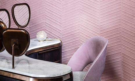 Tapet Spectra cluj, tapet roz pal cu geometrie cluj, tapet 3d, tapet model chevron,design de lux, design cu tapet.jpg