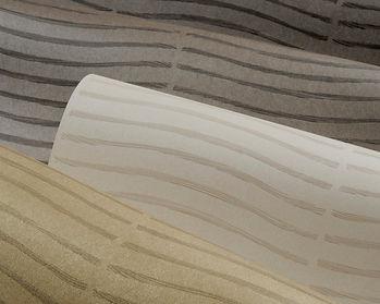 apet nashira cluj, tapet mat, tapet in diferite culori uni,t tapet alb cu dungi ondulate,tapet alb cu dungi gri .jpg
