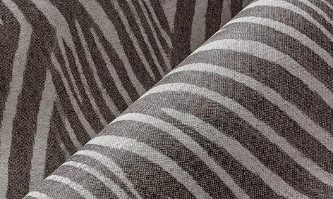 tapet travellers cluj,tapet cu modele abstracte,tapet zebrat,tapet cu negru si alb zebra,tapet animal print,tapet stil modern,magazin tapet cluj,accent decor cluj.jpg