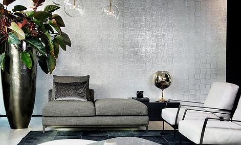 tapet revera,tapet cu model geometric, tapet albastru cu argintiu,tapet cu patrate din liniute,tapet in stil modern,design in stil modern,amenajare stil modern cu tapet, accent decor cluj.jpg
