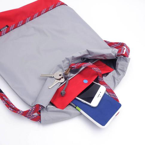 poche intérieure sécurisée