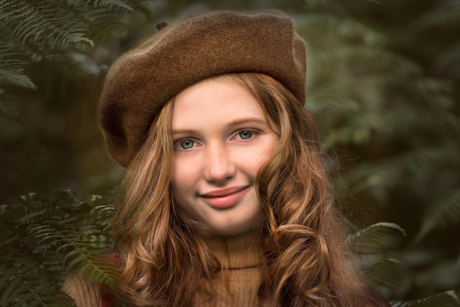 'Autumn' by Mary Hill (9 marks)  -  Ballymoney Amateur Photographic Club