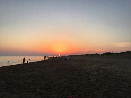 Διαλογισμός στην Παραλία-Πανσέληνος