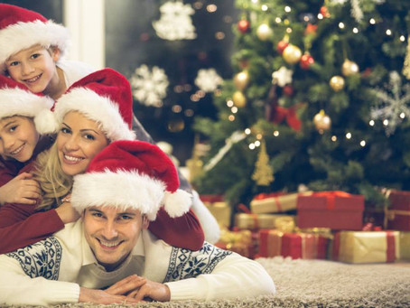 Ενσυνείδητα (mindful) Χριστούγεννα: 10 τρόποι για γονείς και παιδιά