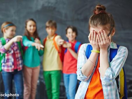 Εκφοβισμός- Bullying | Ποια είναι τα σημάδια και πως να βοηθήσετε ως γονείς