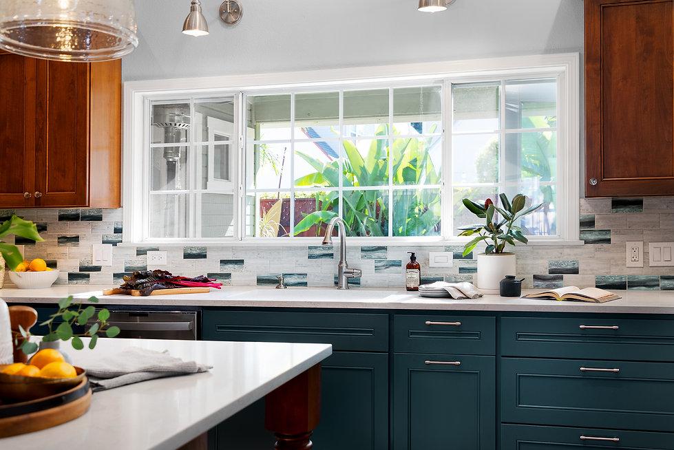 kitchen-dark- cabinets- Santacruz.jpg