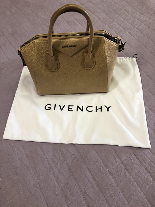 Givenchy Antigona Sachel in medium size.