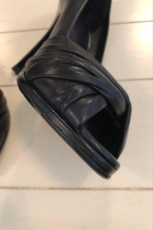 Burberry peep toe heels
