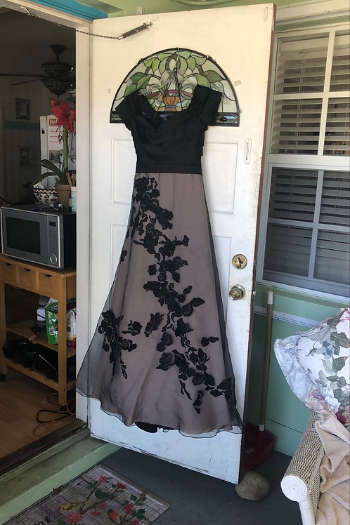 Evening dress by Rene Ruiz in size S