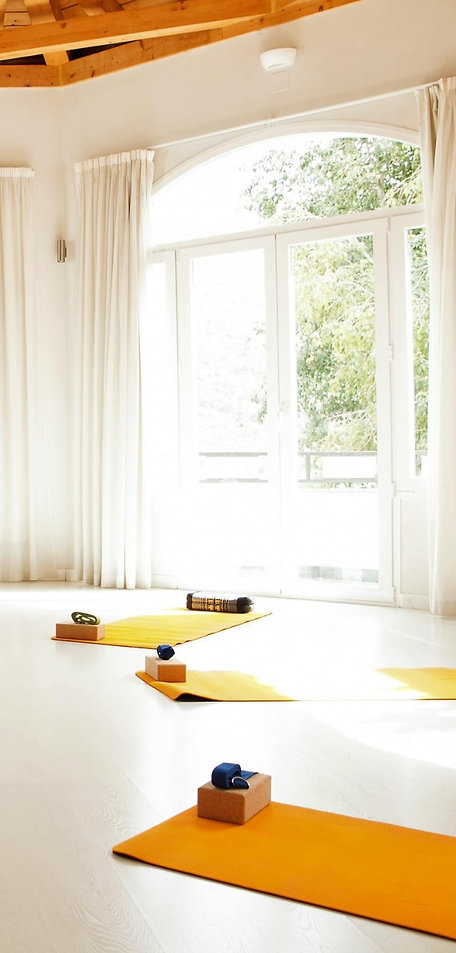 yoga-shala-5-Granada-Lucia-Yoga-Retreat-