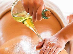 Female-to-Male-Body-Massage-Abhyangam-Ma