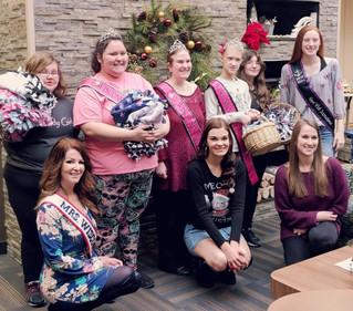 Volunteering for Jillian's Joy Comfort for Critters Workshop!
