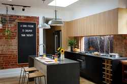 Carly Leighton Reno Rumble Freedom Kitchens Caesarstone Piatra Grey (1)