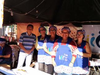 Voluntários participaram do Arraiá Viva Ribeirão