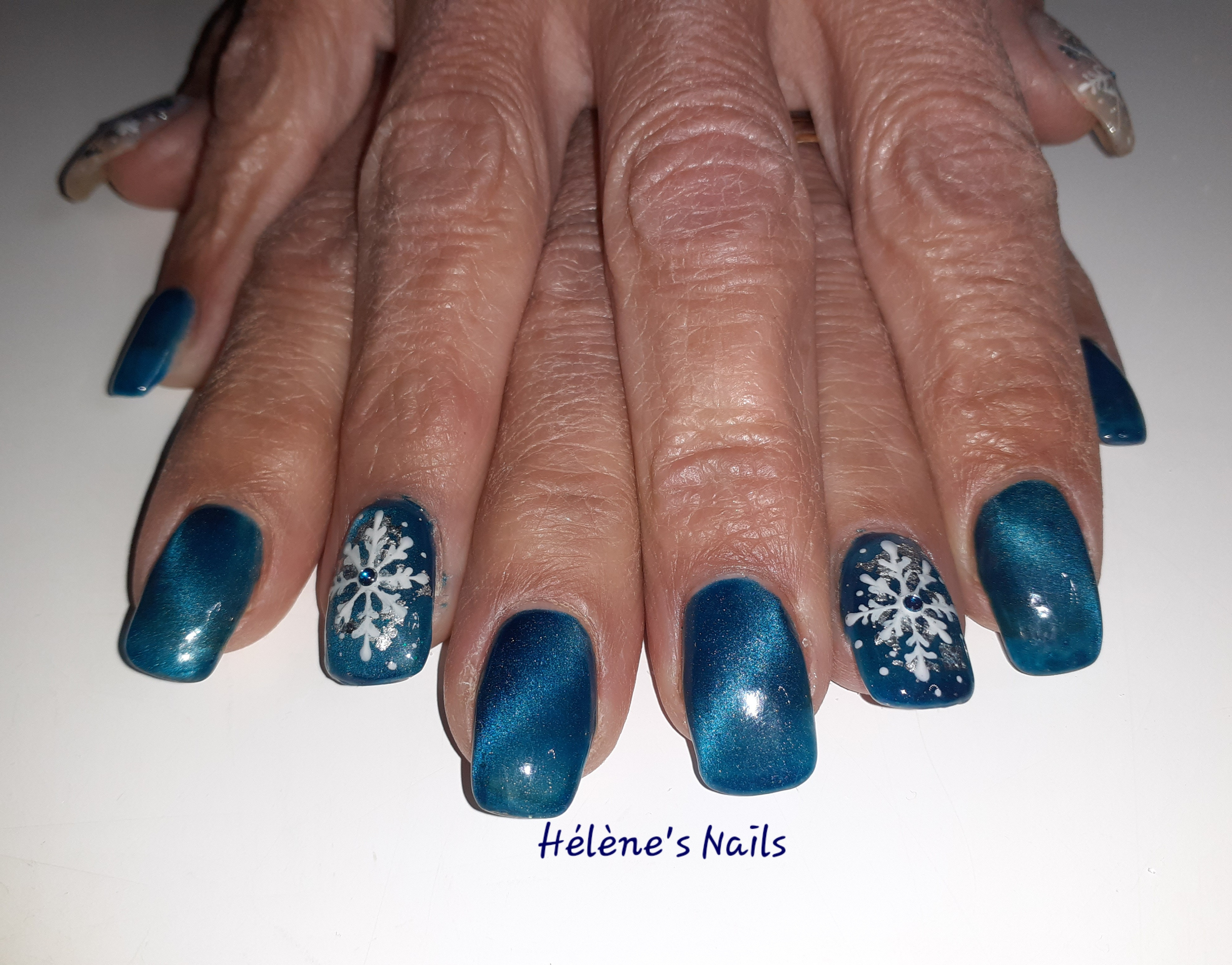 Pose de gel sur ongles naturels