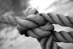 tied-up-1792237_1920_edited.jpg