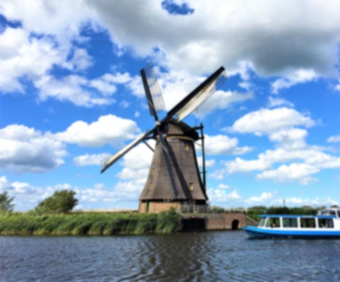 オランダ,アムステルダム,観光,ツアー,ガイド,ツアーガイド,旅行,車,ドライバー,トリップ,プライベート,ドライブ,日本語,日本人,風車,世界遺産,キンデルダイク,ボート,運河