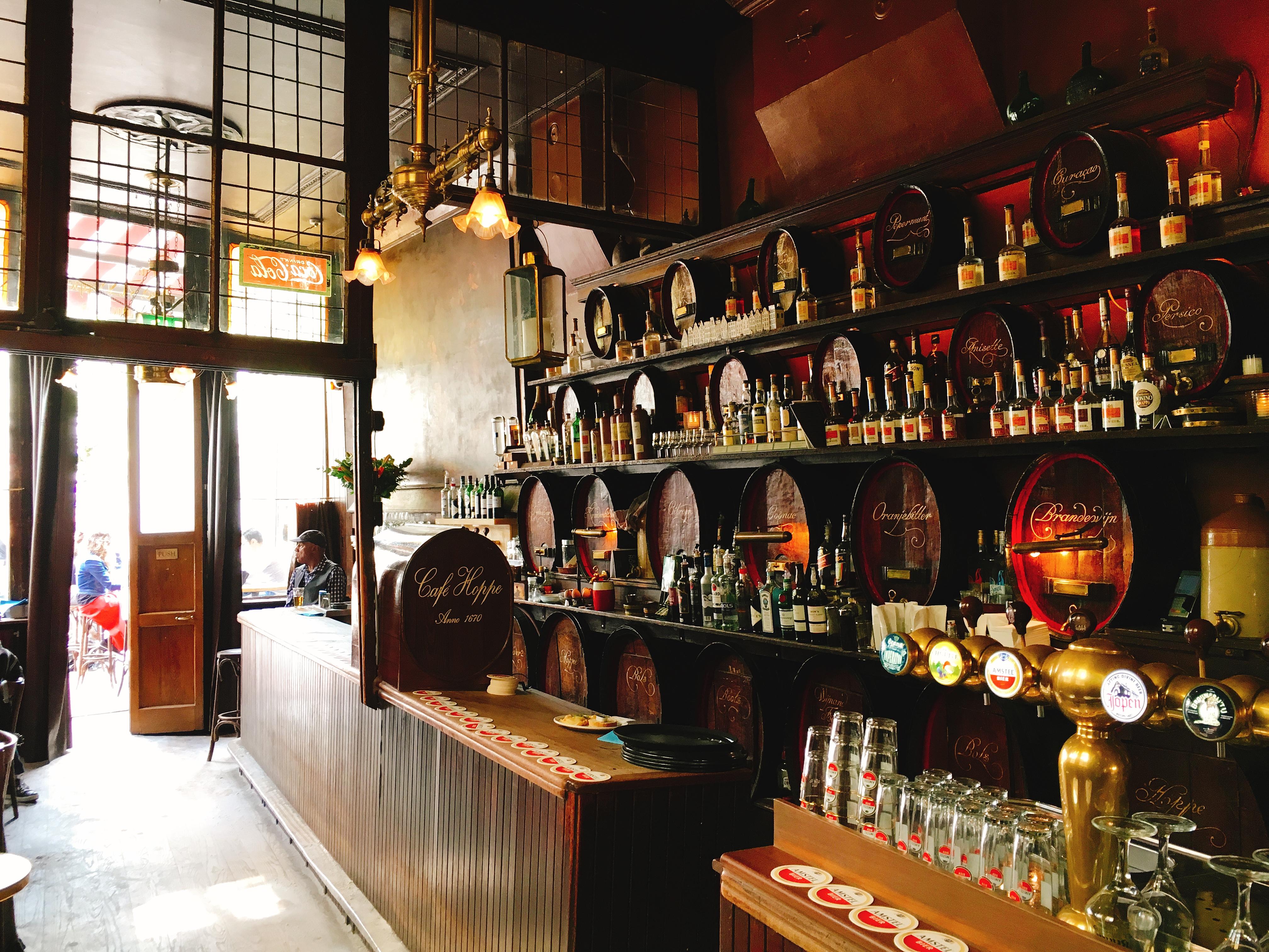 アムステルダムの老舗バー