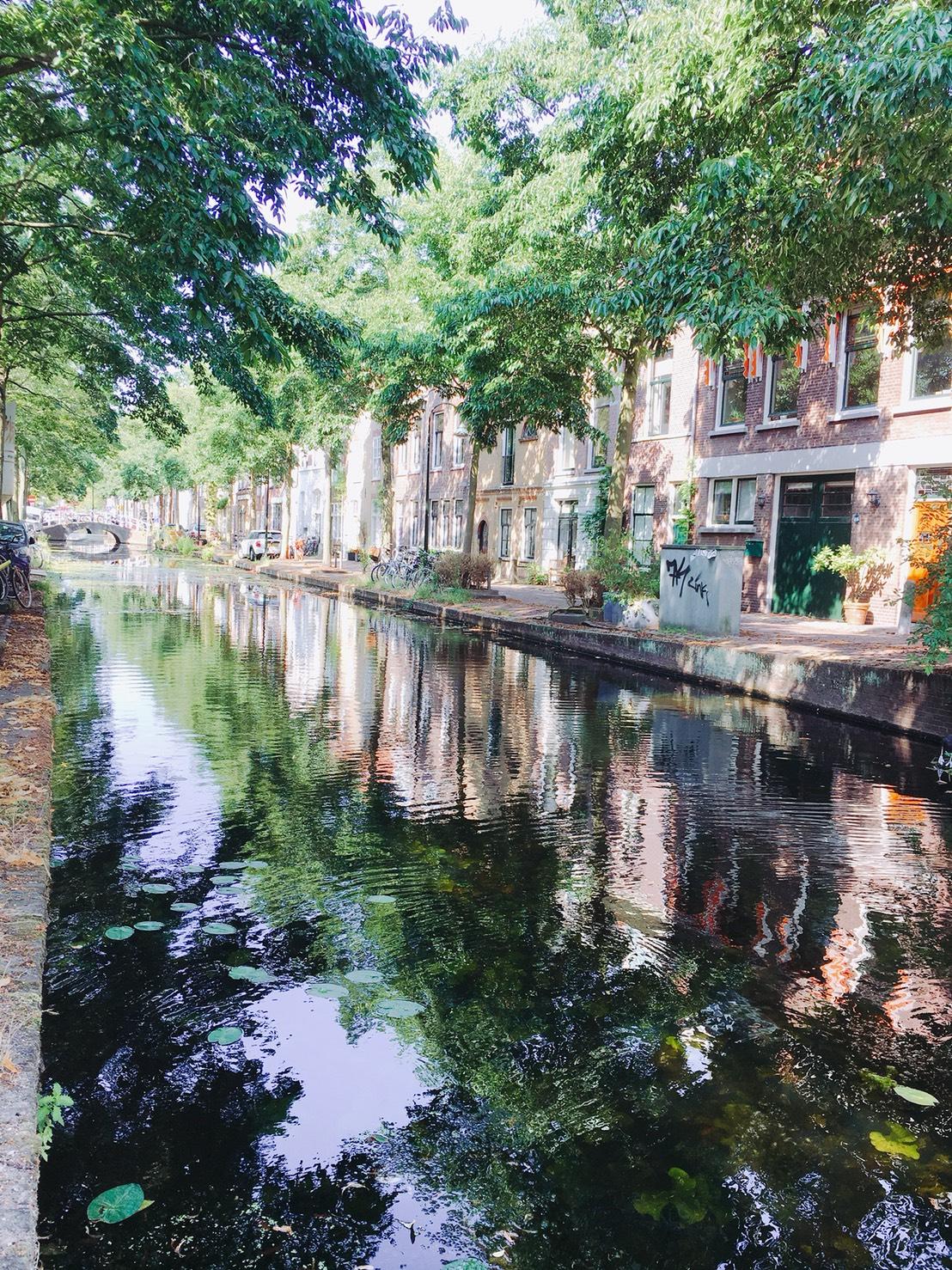 デルフト 運河