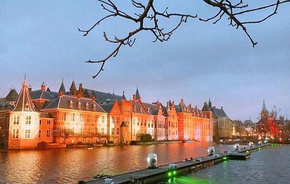 Mauritshuis,Den Haag,平和宮,peace palace,フェルメール,オランダ,アムステルダム,デンハーグ,マウリッツ,美術館,博物館,観光,ツアー,ガイド,旅行,プライベート,ドライバー,車,チャーター,ハーグ,政治,