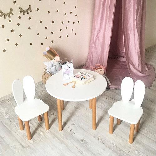 Set de mesa y 2 sillas conejo
