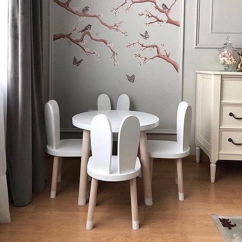 Set de mesa y 4 sillas conejo