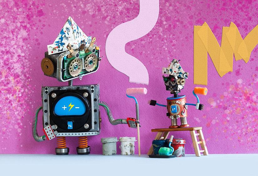 decorators-robots-repaints-the-wall-of-t