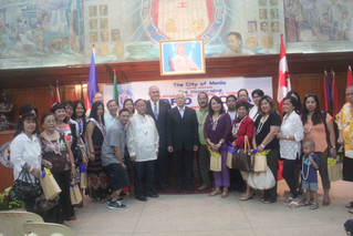 """FIL-CAN GROUP RECEIVED """"KEY"""" TO THE CITY OF MANILA"""