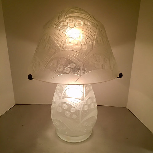 Daum Nancy Lamp