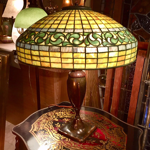 Tiffany Studios Swirling Leaf Lamp