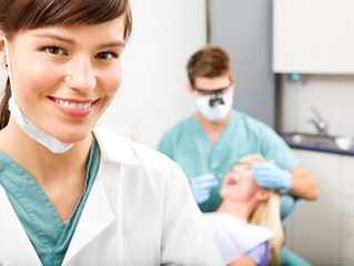 What to Consider in Choosing a Dental Assisting Program