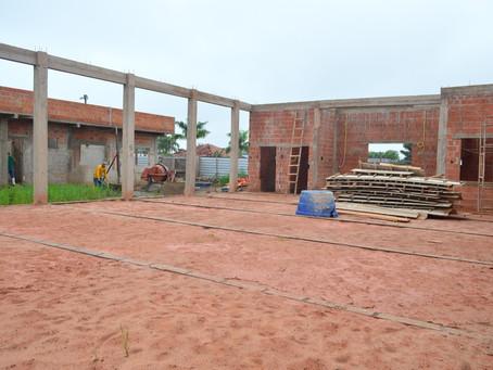 Novo Centro do Idoso em Sena Madureira segue com as obras em execução