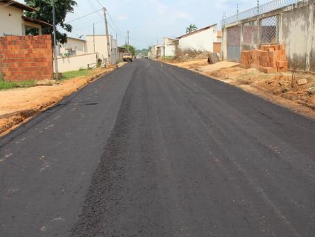 Parceria entre Prefeitura e Estado garante pavimentação em Ruas do Bairro Jardim Primavera