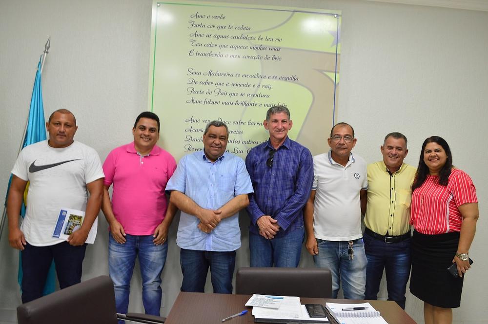 O encontro aconteceu no Gabinete do Prefeito Mazinho Serafim (Foto: Lucas Costa/ASCOM)