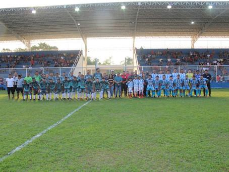 Prefeitura realiza amistosos de futebol de campo em alusão ao aniversário de Sena Madureira