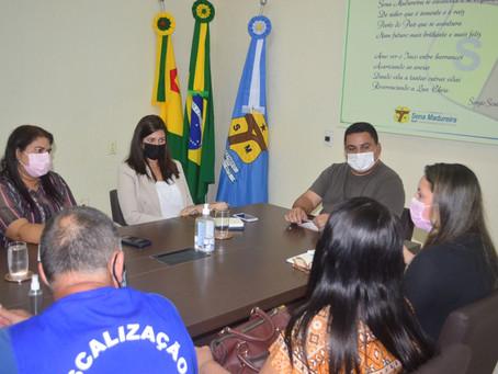 Prefeitura e Procon se reúnem para alinhar ações em prol da população senamadureirense