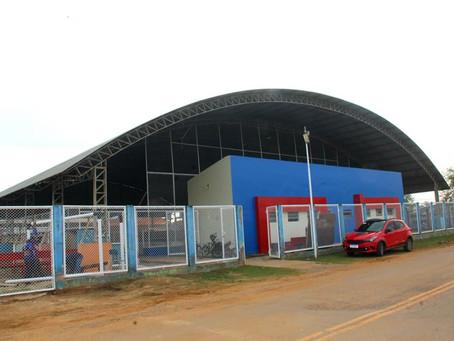 Prefeitura conclui reforma e ampliação da Quadra Poliesportiva Aurino Brito